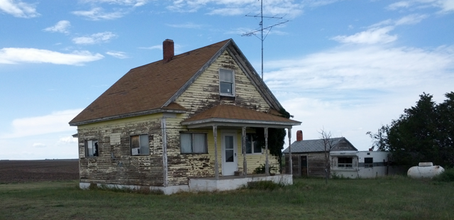 Abandoned home in northeast Kansas on highway 27 north of St. Francis, Kansas